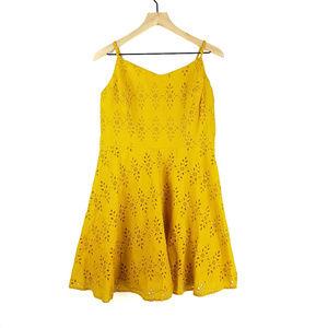NWT Old Navy Eyelet Yellow Floral Dress Sz L